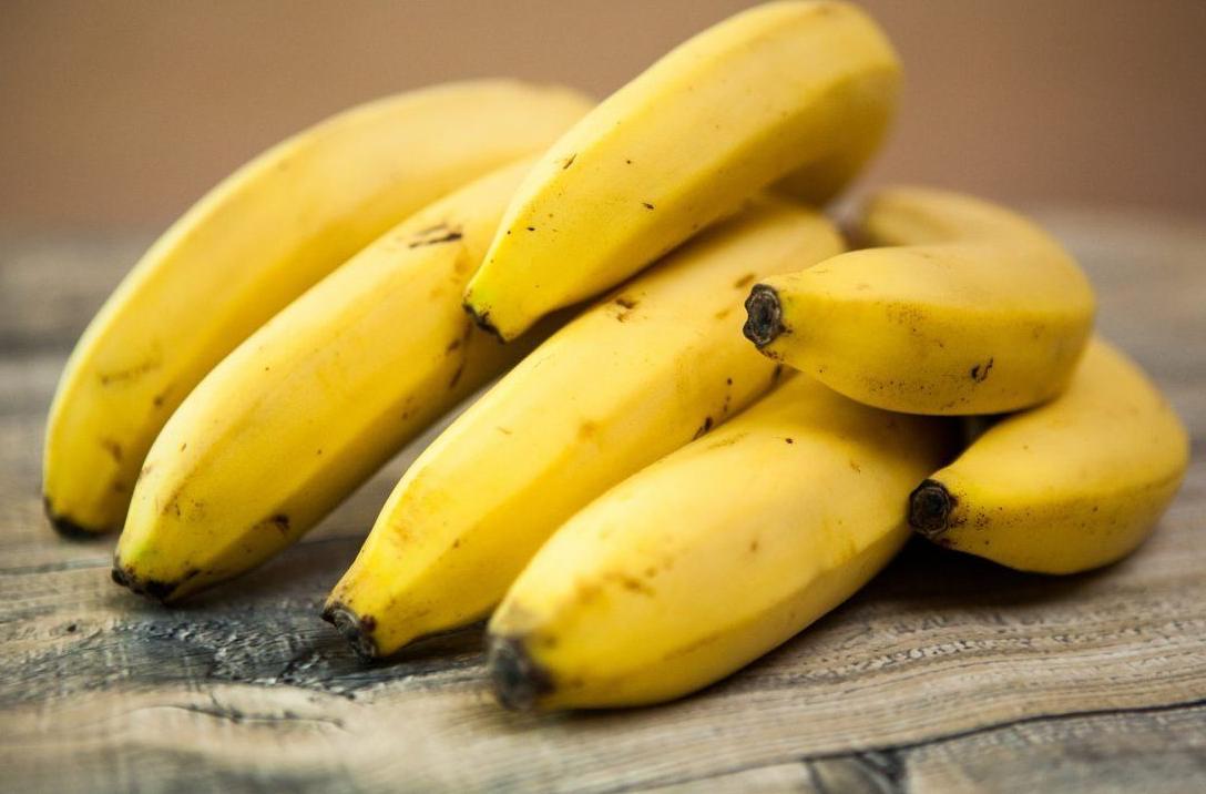 banany są zdrową i wartościową przekąską